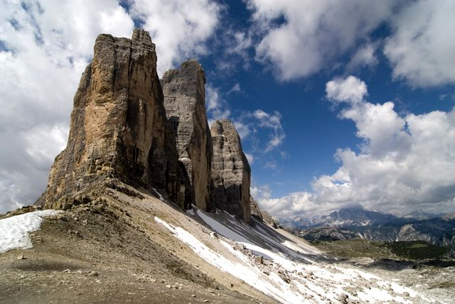 Mountains,_sky_&_clouds_Tre_Cime_t