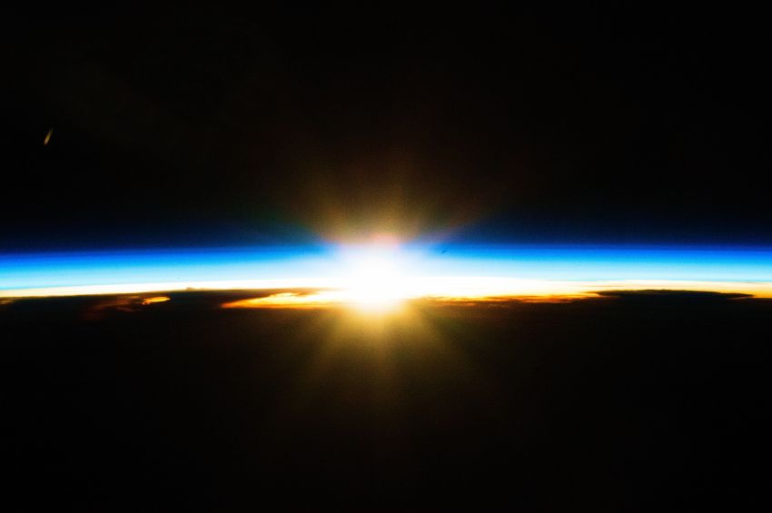 ISS-46_Sunrise_over_Australian_storm_clouds_t
