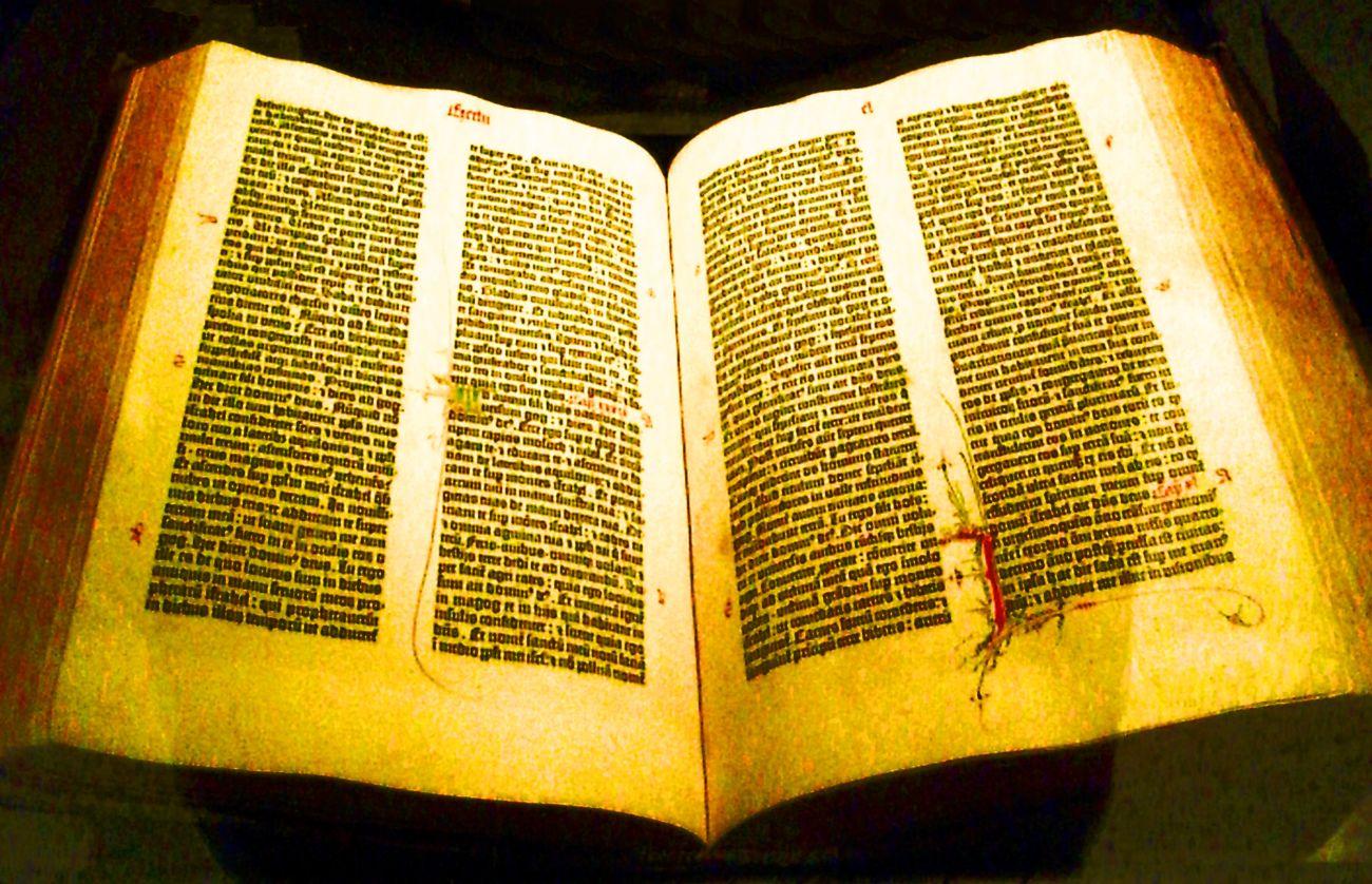 gutenberg_bible_-_aaron_gustafson_tct