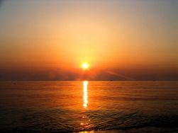 Black-Sea-sunrise_t2.jpg