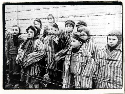 Child_survivors_of_Auschwitz_tf